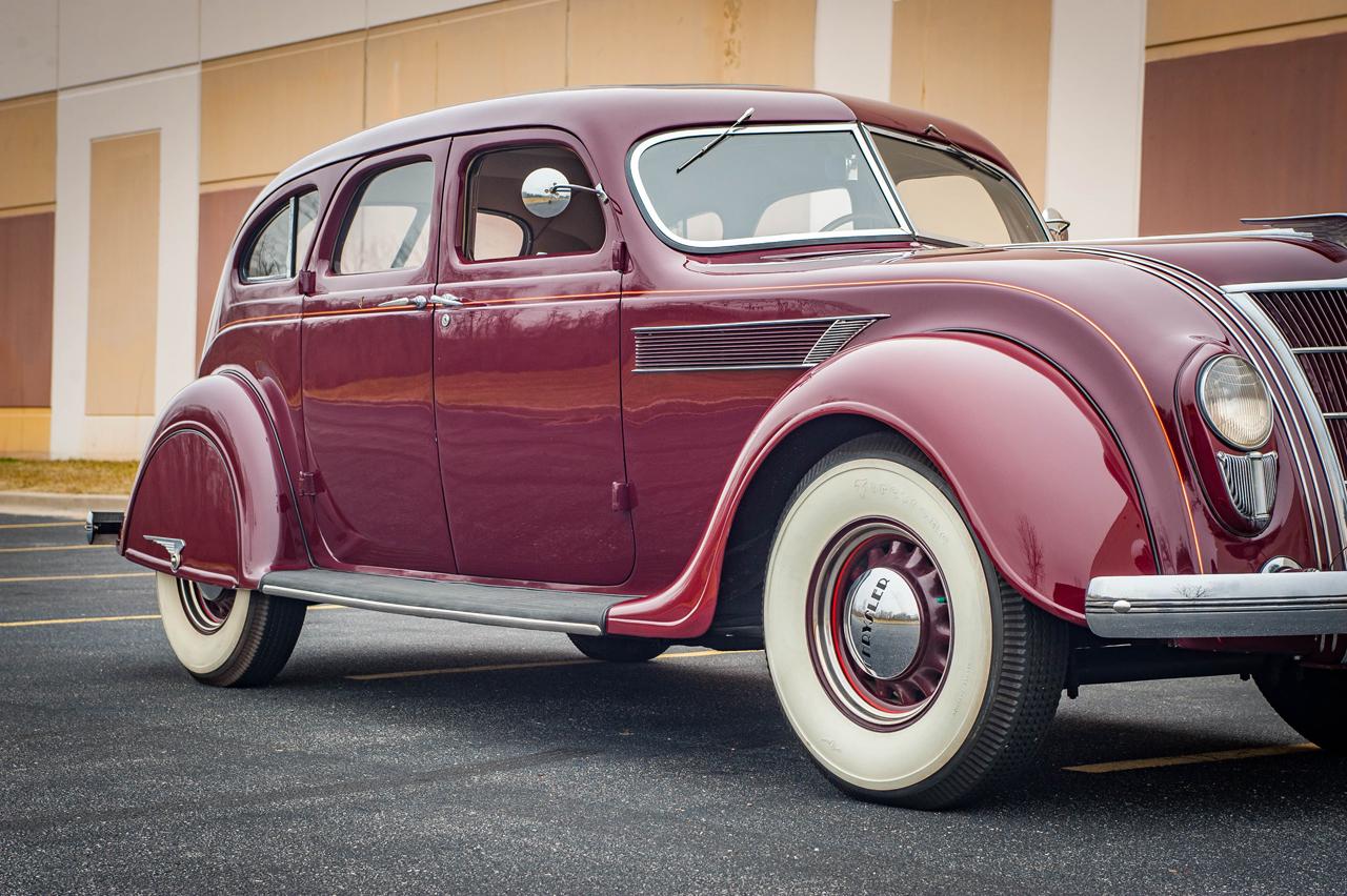 1935 Chrysler Imperial 83