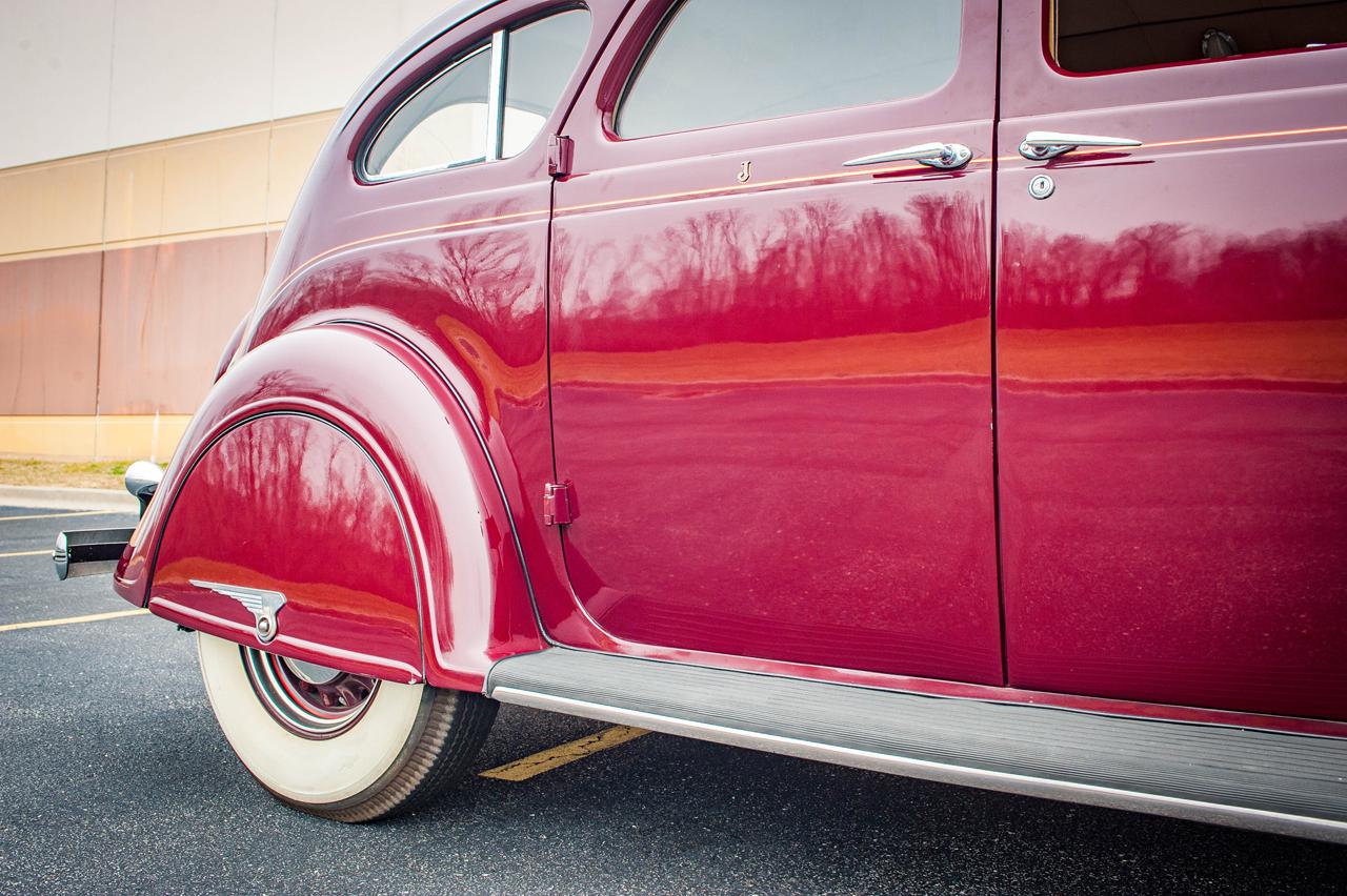 1935 Chrysler Imperial 48