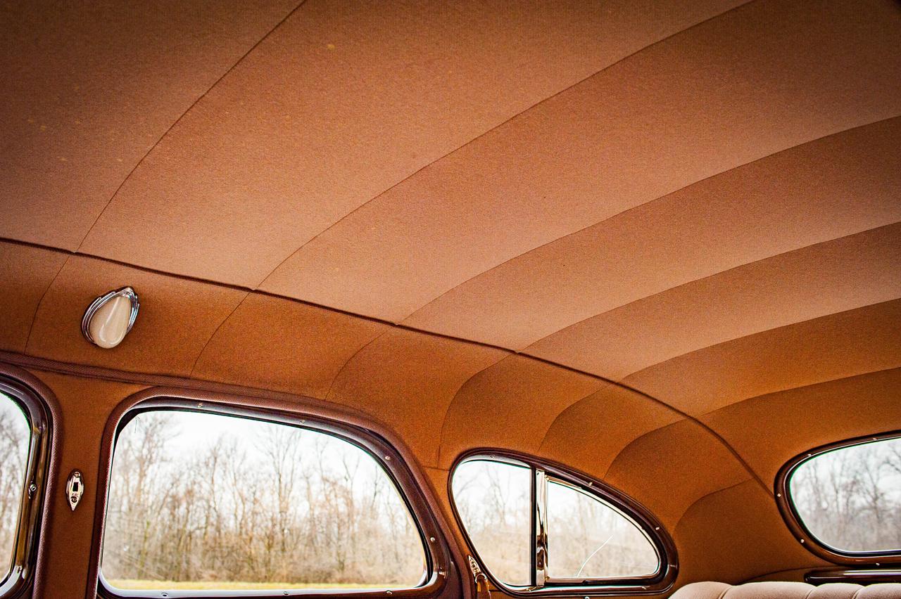 1935 Chrysler Imperial 72