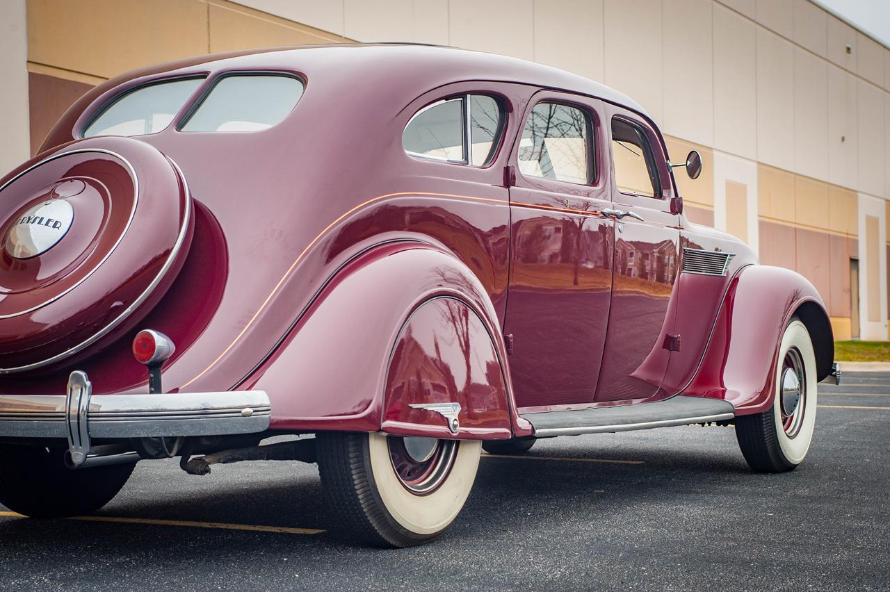 1935 Chrysler Imperial 86