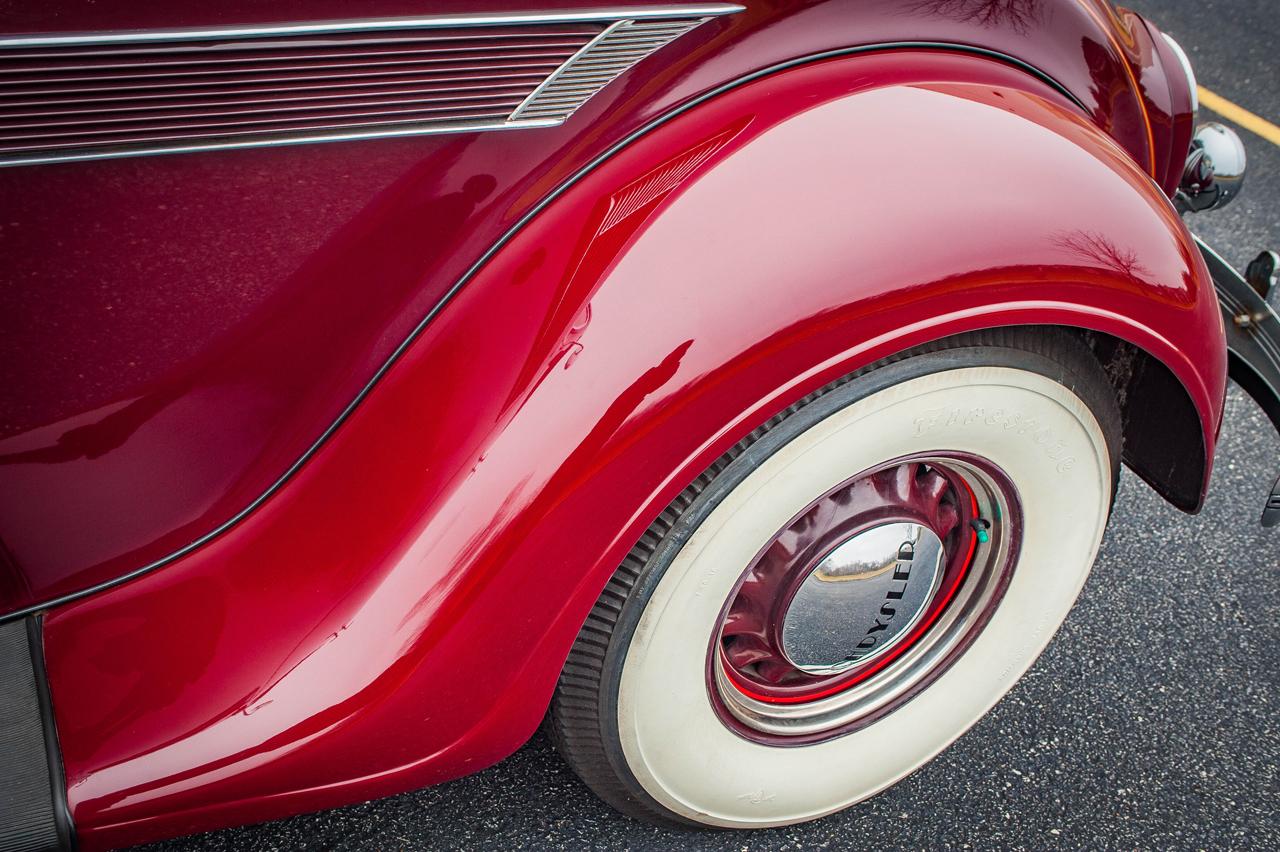 1935 Chrysler Imperial 50