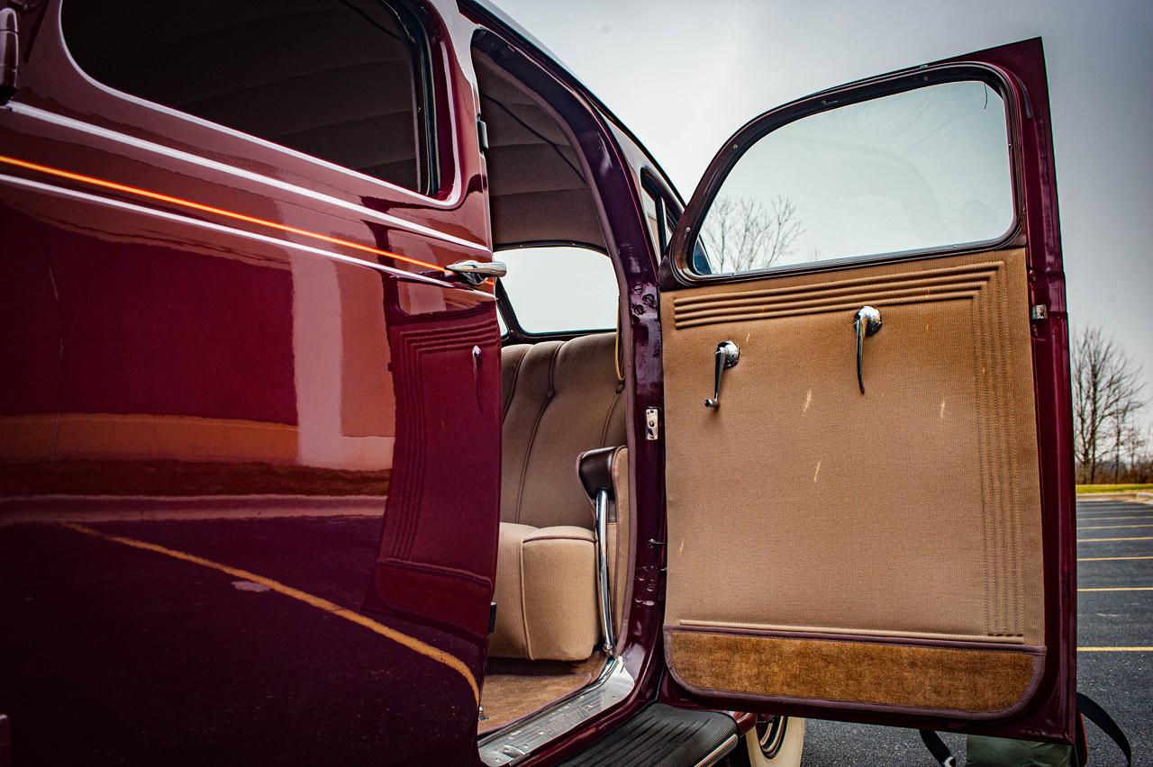 1935 Chrysler Imperial 74