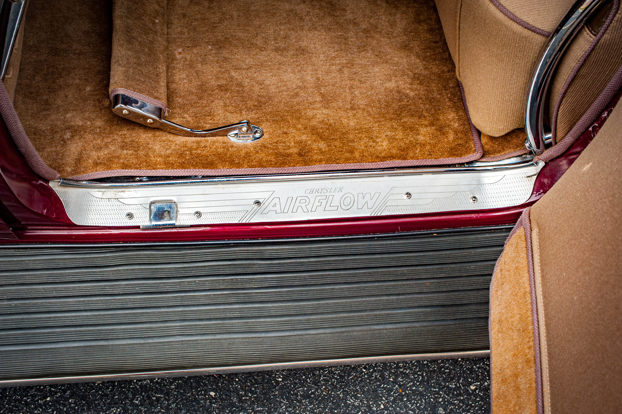 1935 Chrysler Imperial 76