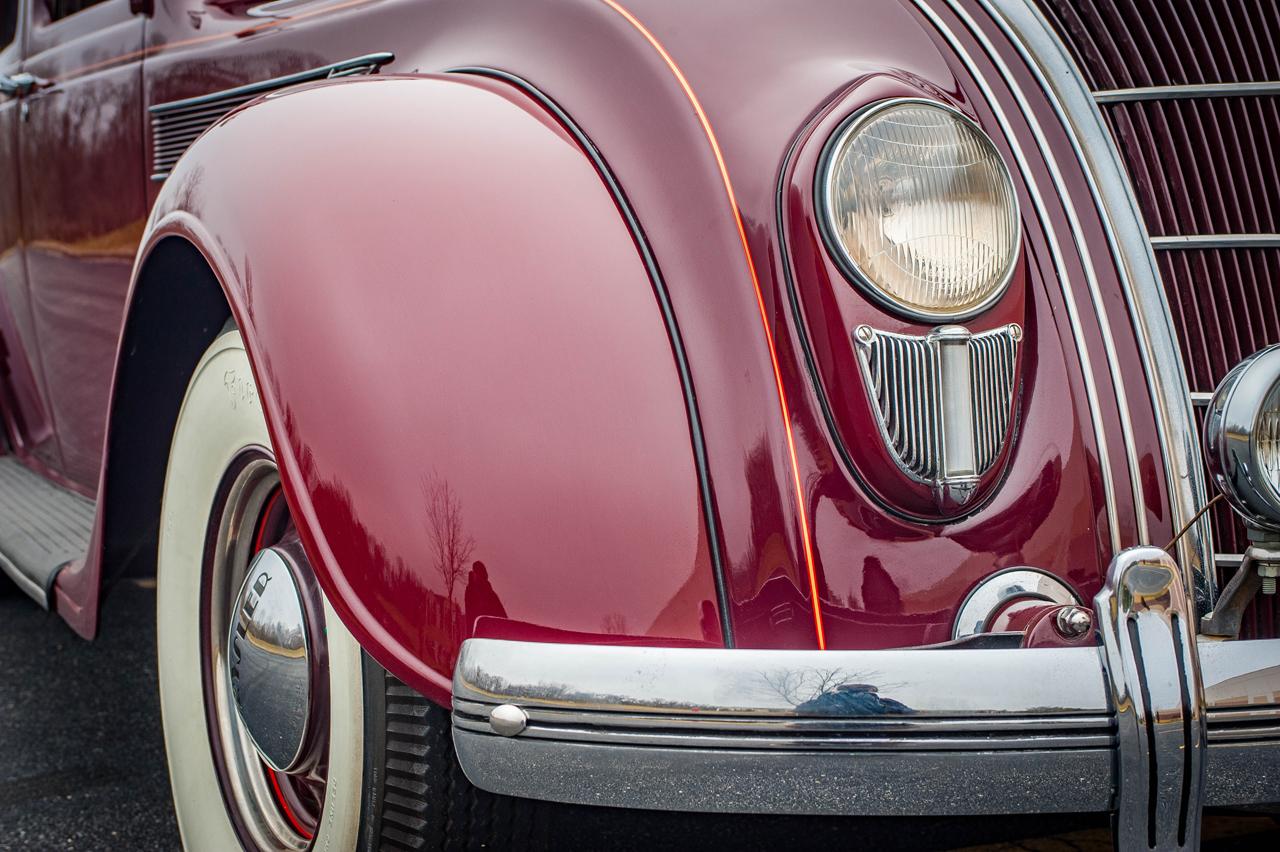 1935 Chrysler Imperial 53