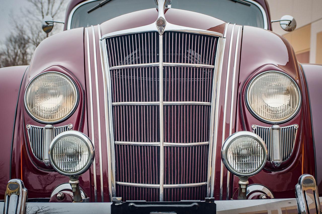 1935 Chrysler Imperial 30