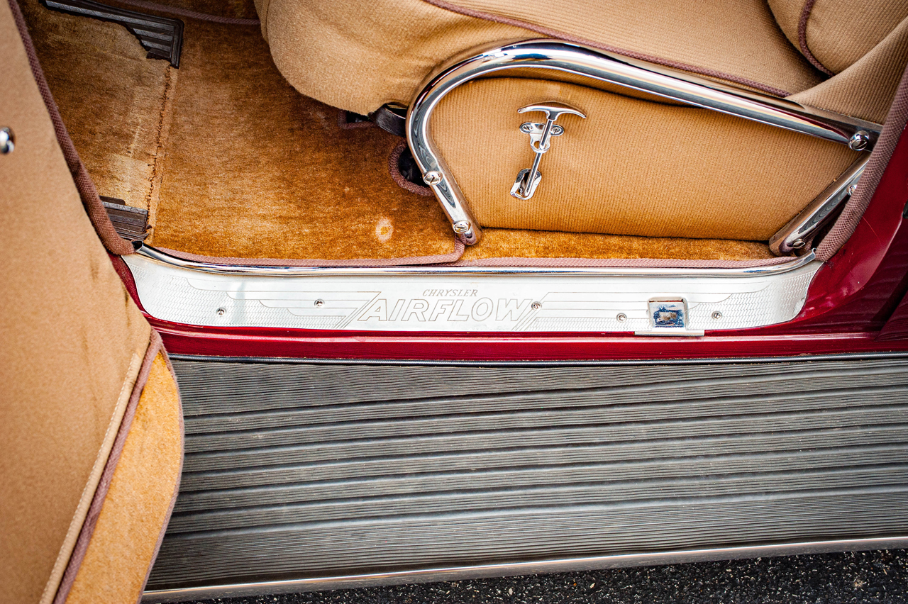 1935 Chrysler Imperial 56