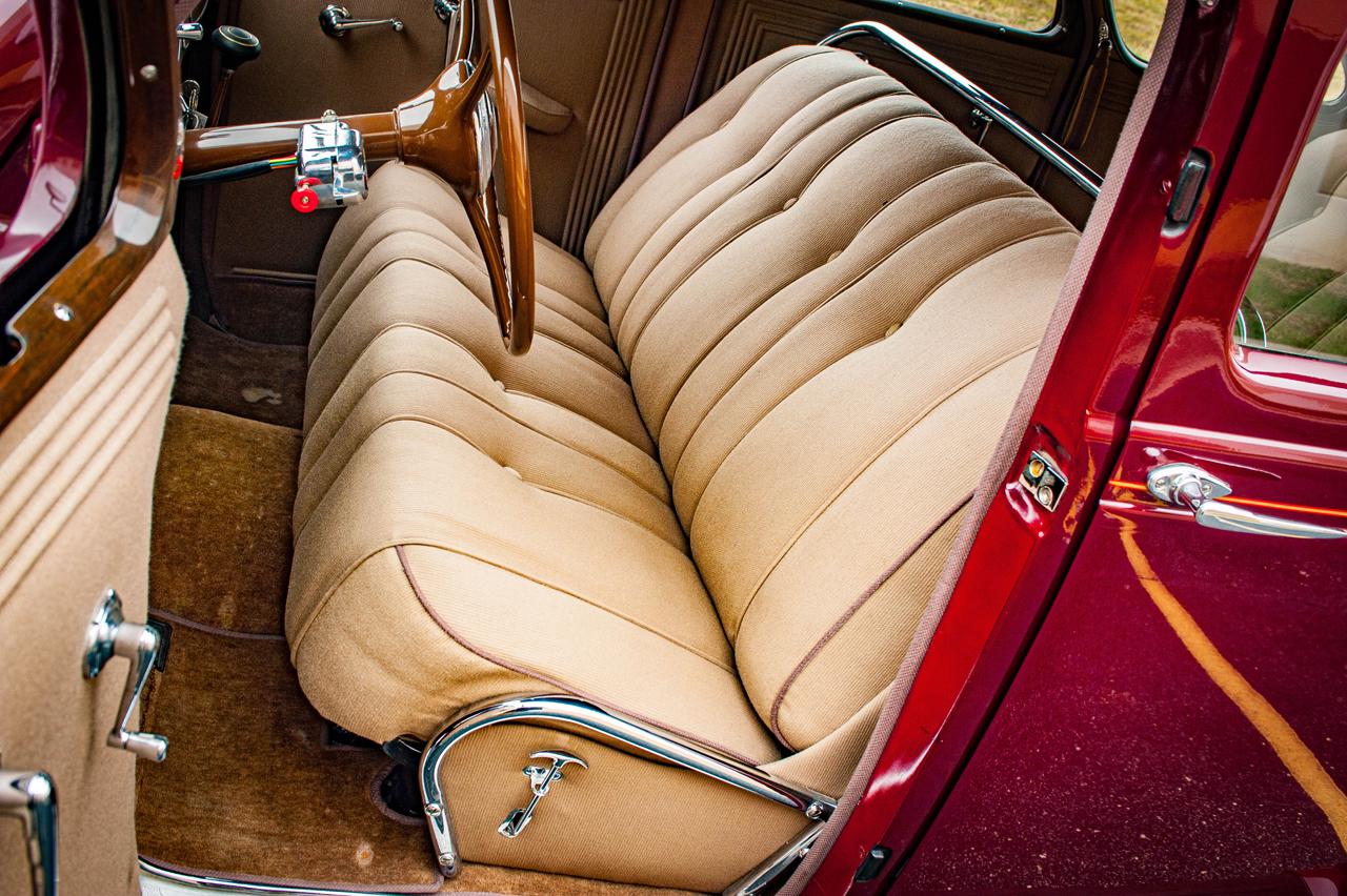 1935 Chrysler Imperial 57
