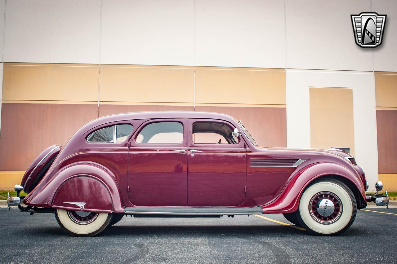 1935 Chrysler Imperial 94