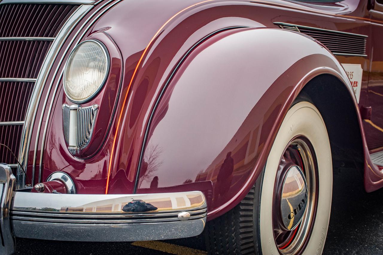1935 Chrysler Imperial 33