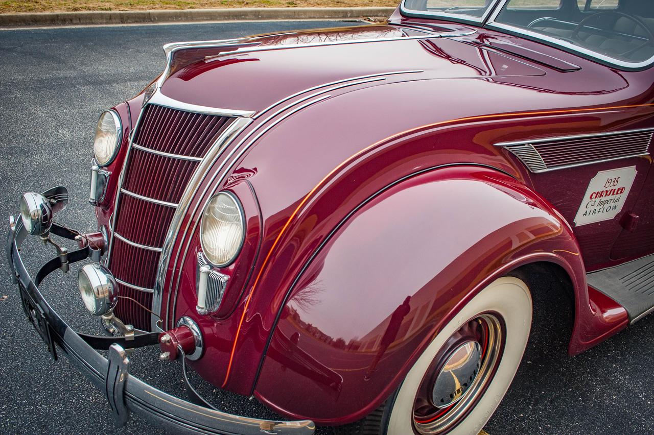 1935 Chrysler Imperial 34