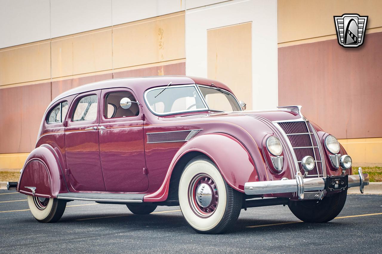 1935 Chrysler Imperial 15