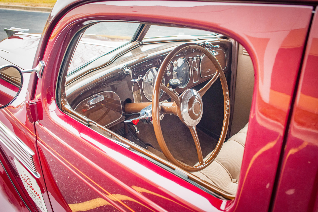 1935 Chrysler Imperial 39