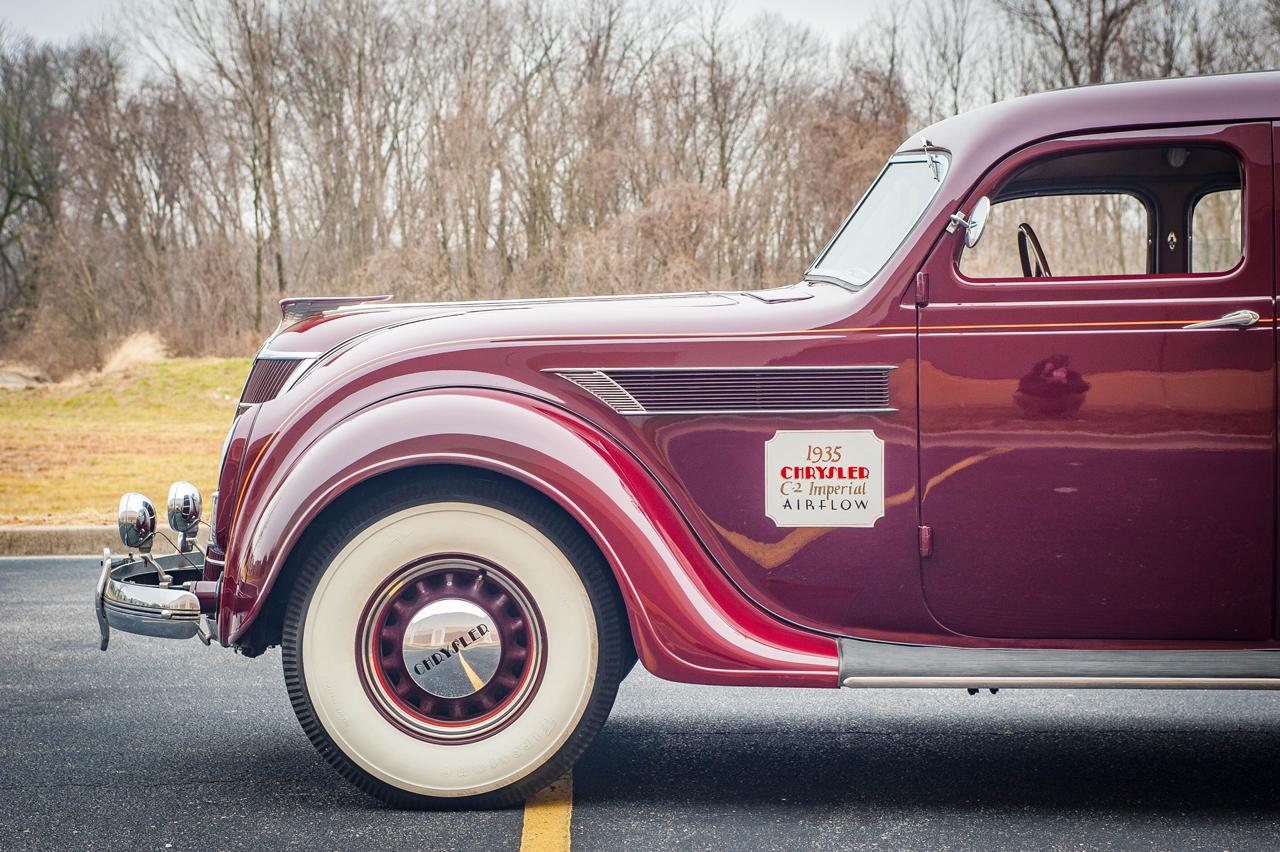 1935 Chrysler Imperial 18