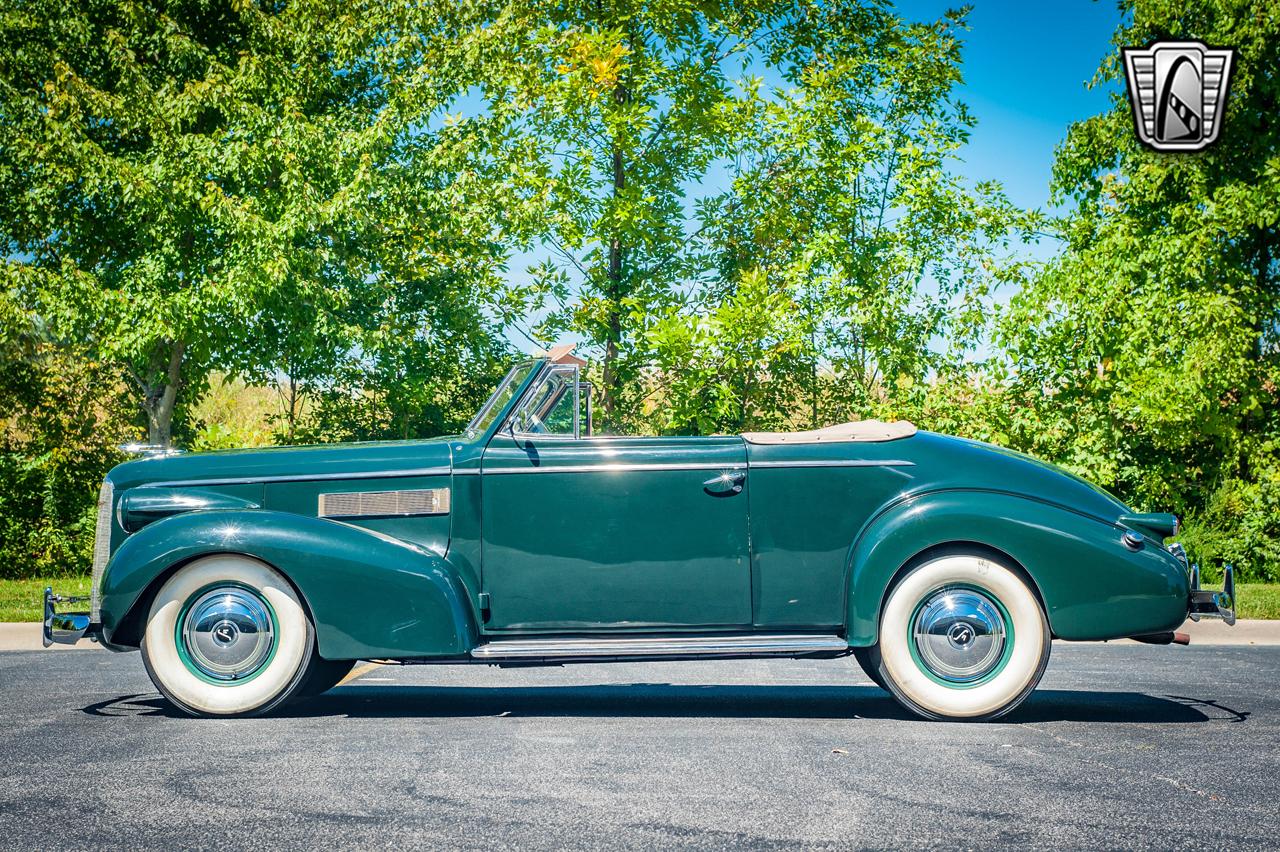 1939 Cadillac LaSalle 25
