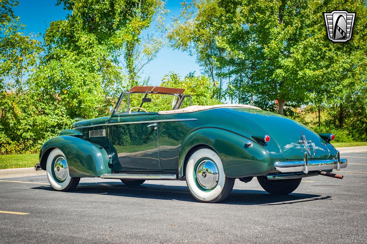 1939 Cadillac LaSalle 8