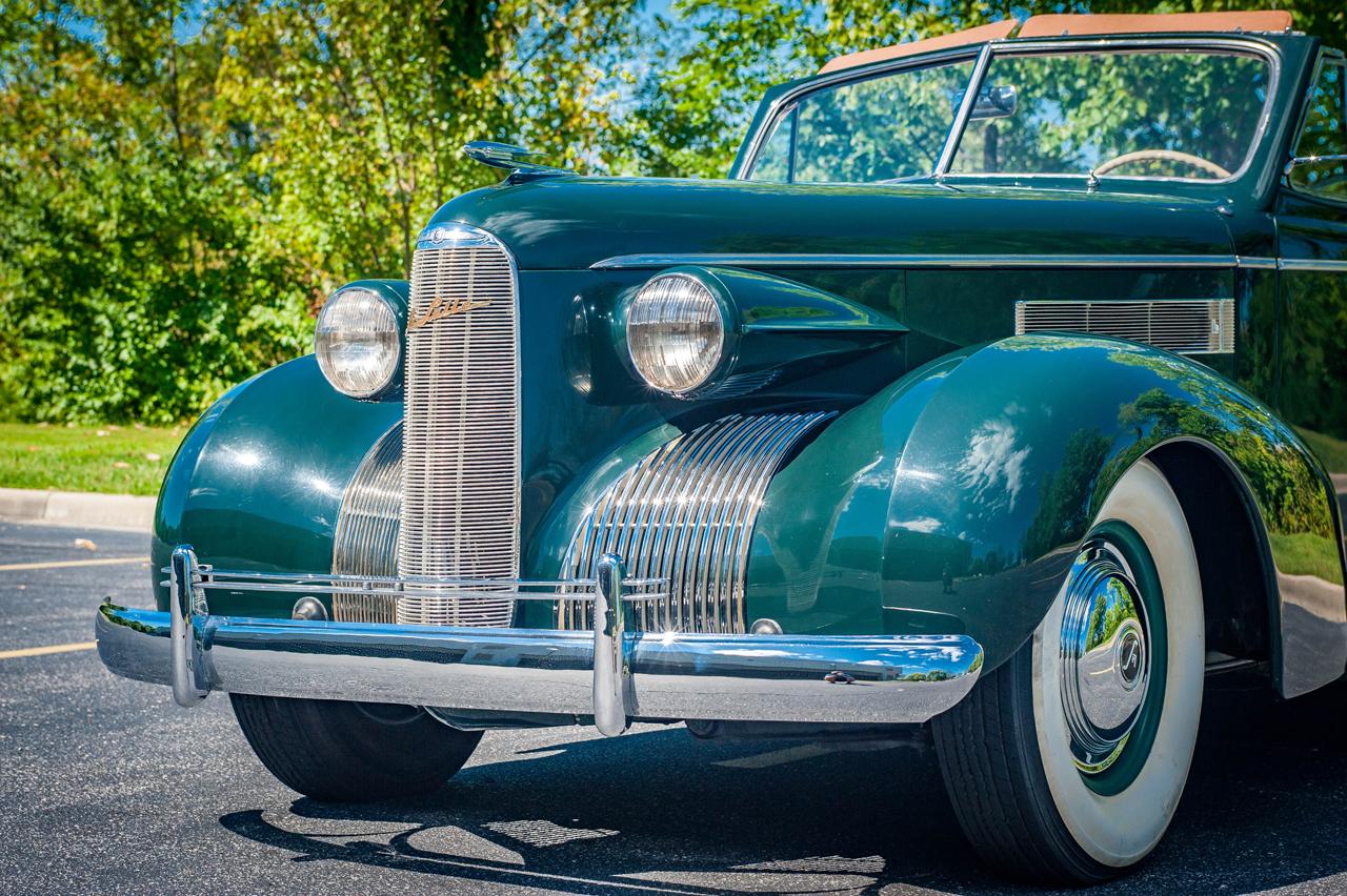 1939 Cadillac LaSalle 44