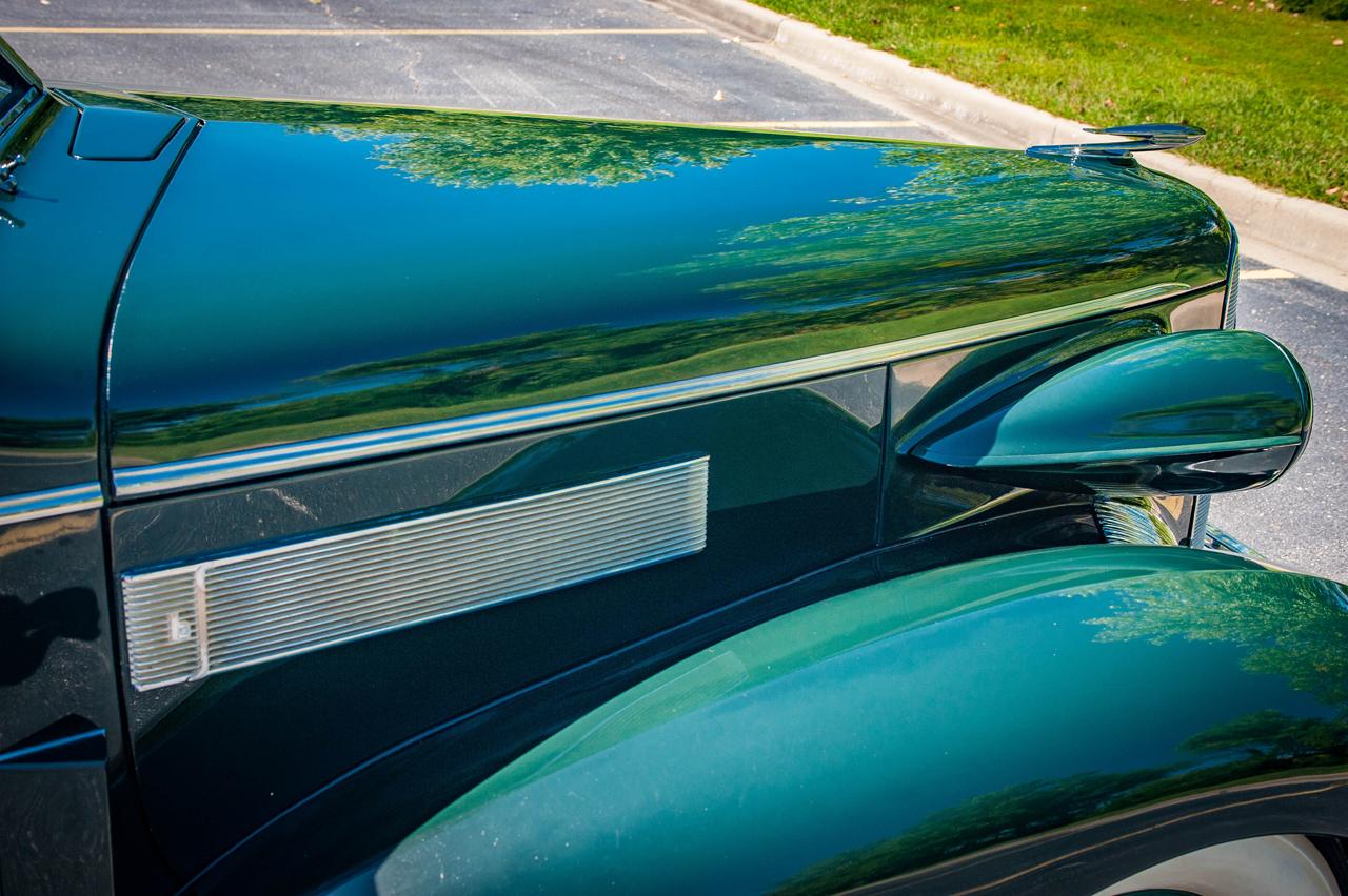 1939 Cadillac LaSalle 73