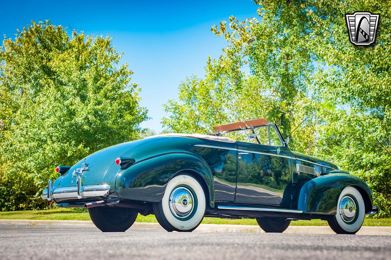 1939 Cadillac LaSalle 12