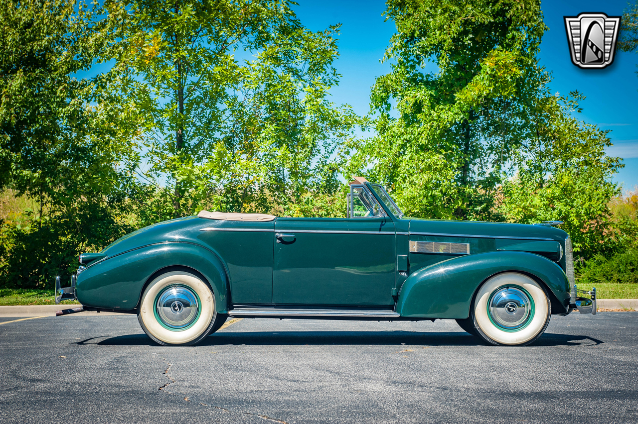 1939 Cadillac LaSalle 33
