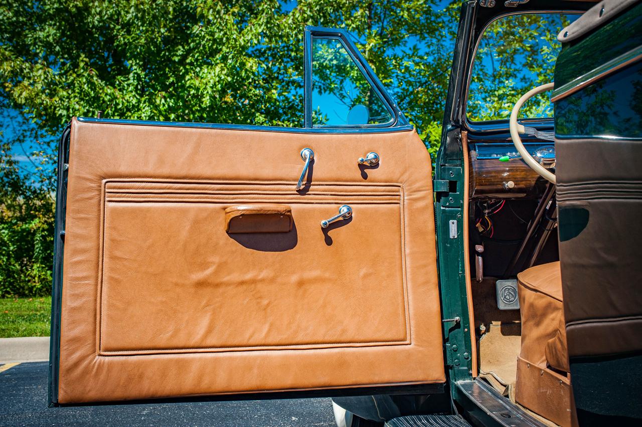 1939 Cadillac LaSalle 76