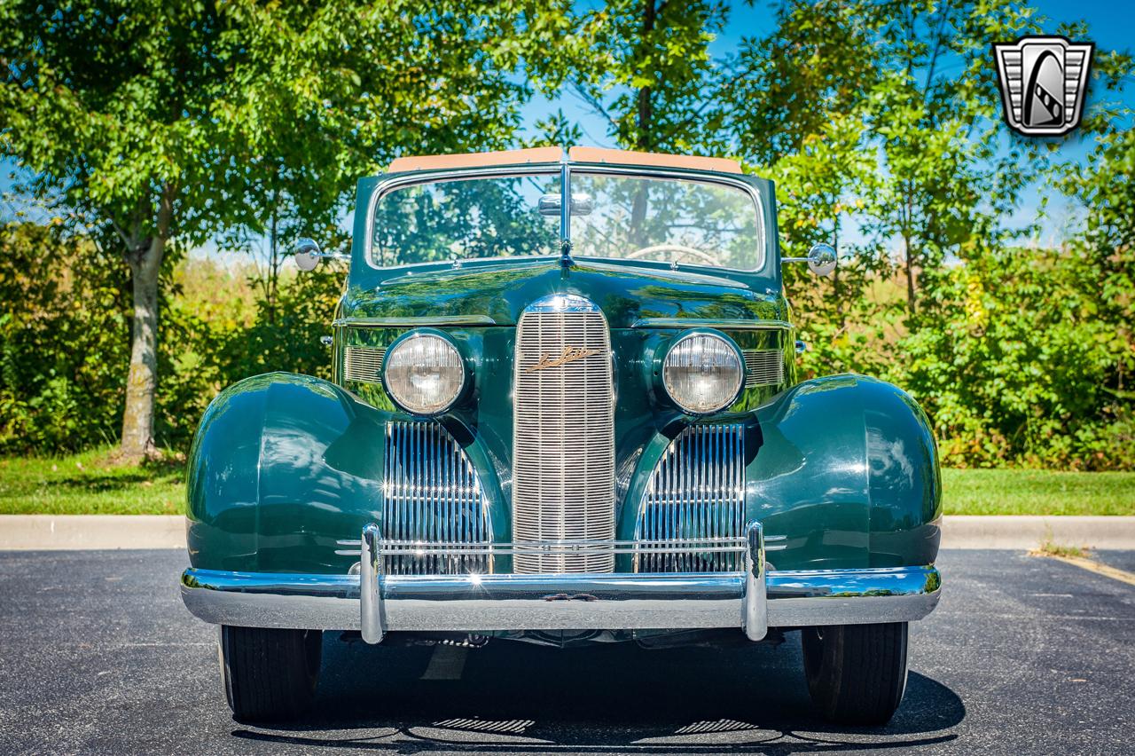 1939 Cadillac LaSalle 36