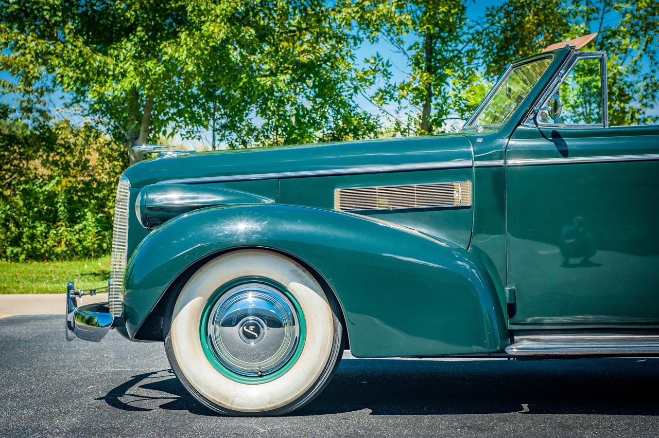 1939 Cadillac LaSalle 38
