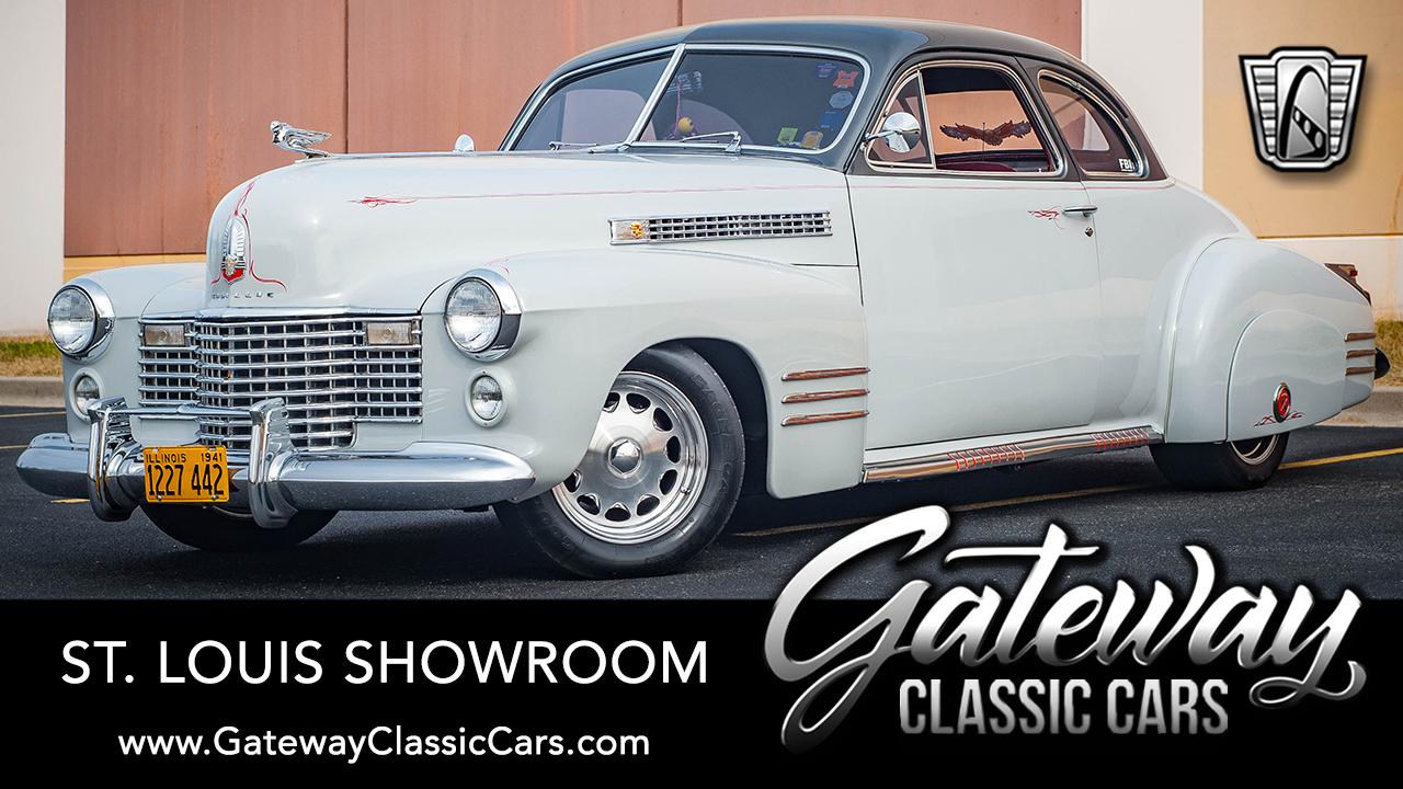 https://images.gatewayclassiccars.com/carpics/STL/8332/1941-Cadillac-Series-62.jpg