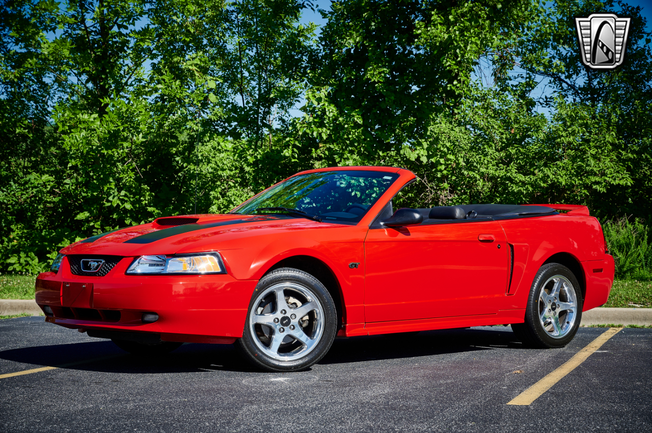2000 Ford Mustang 22