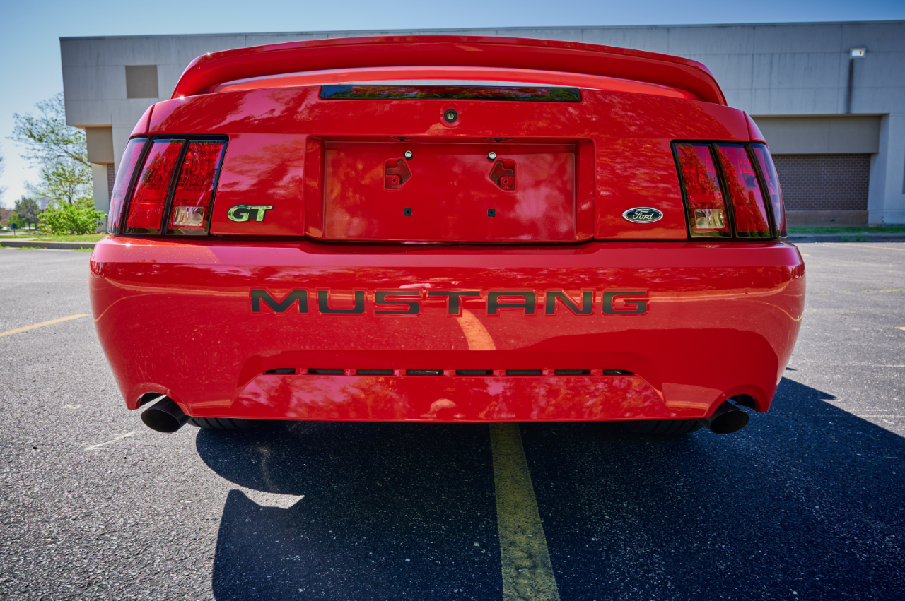 2000 Ford Mustang 65