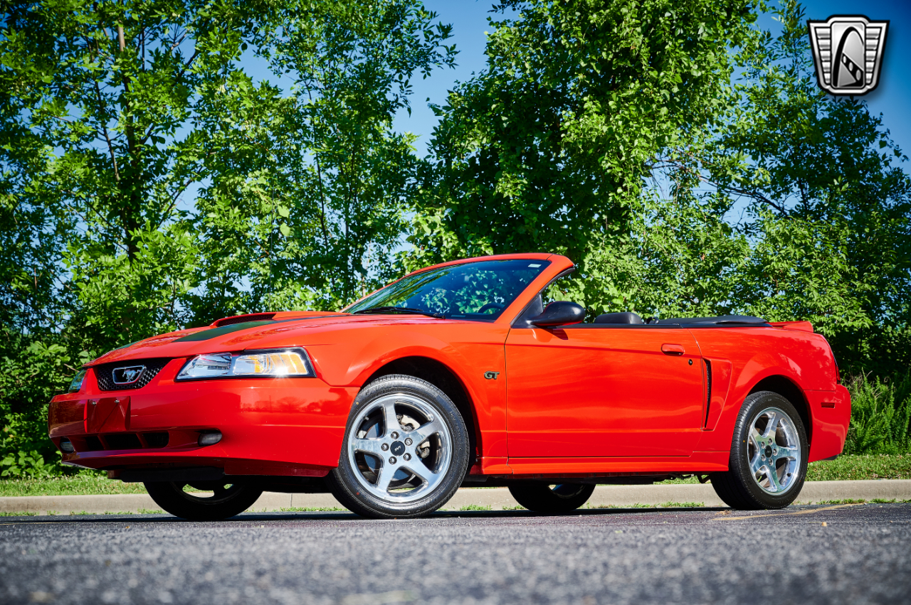 2000 Ford Mustang 23
