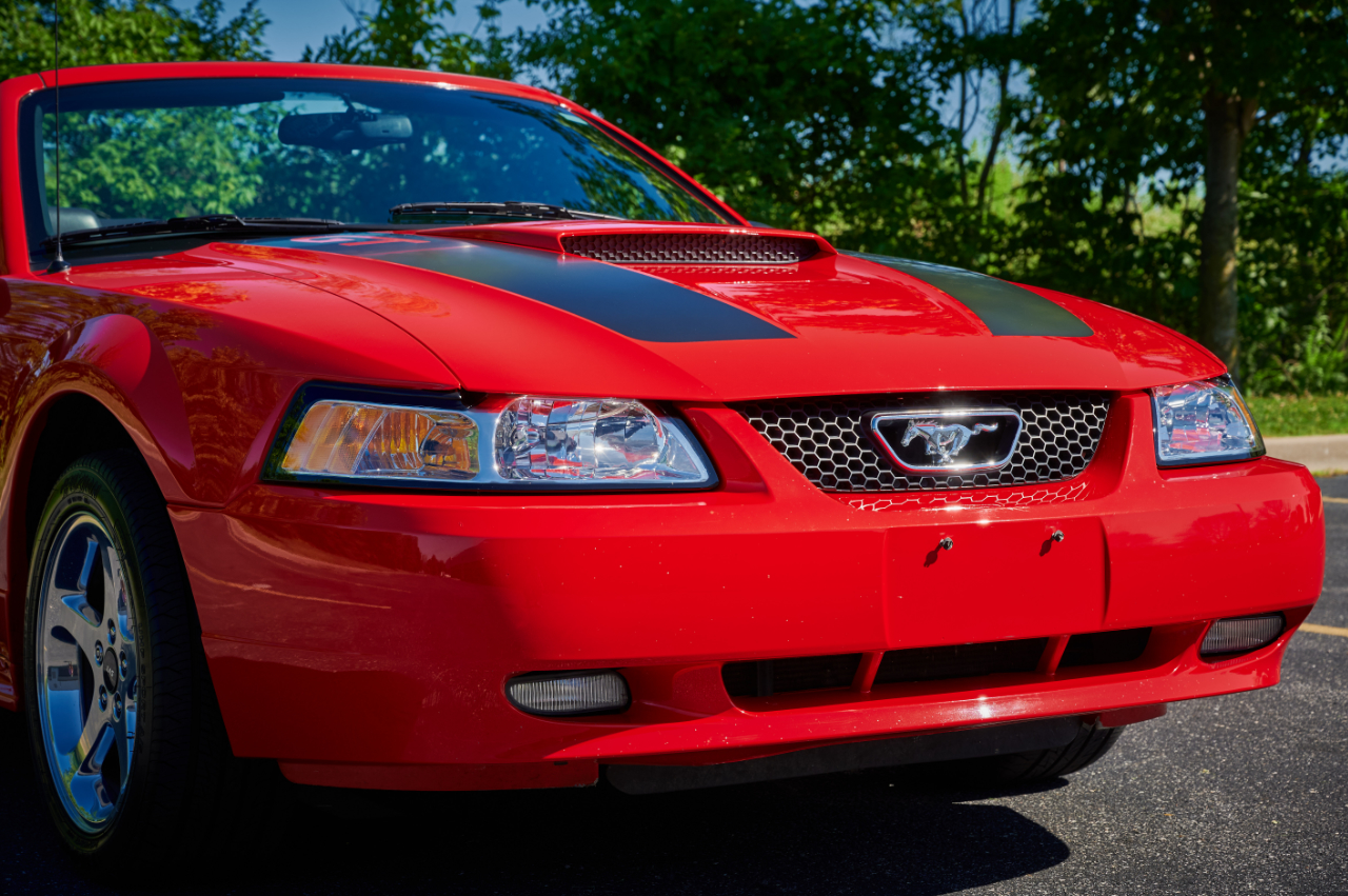 2000 Ford Mustang 48