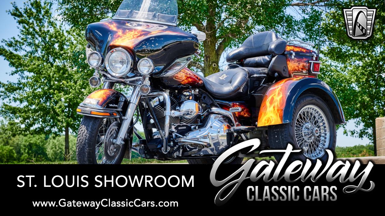 2004 Harley Davidson FLHTCUI