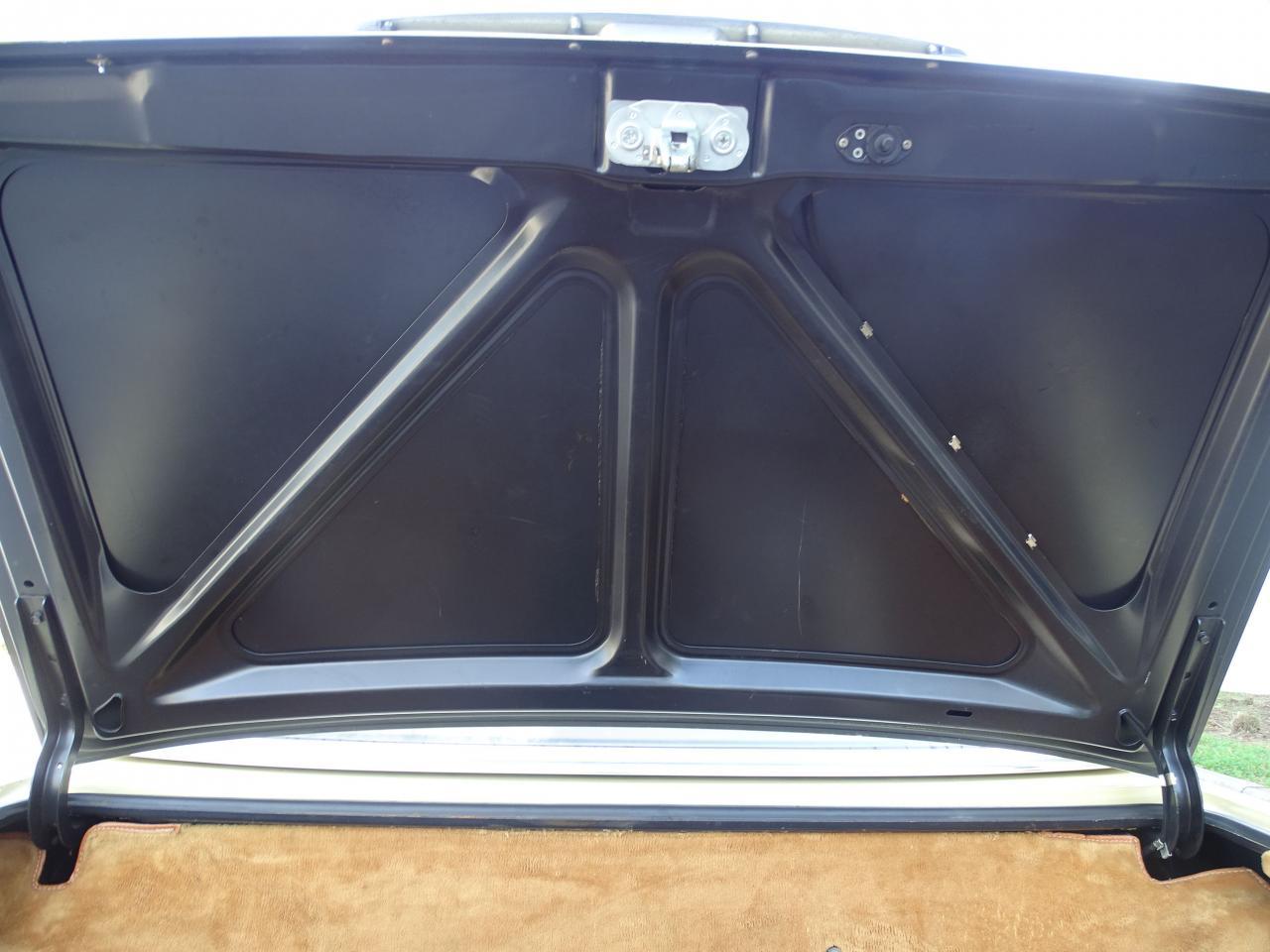1979 Mercedes-Benz 450SL 40