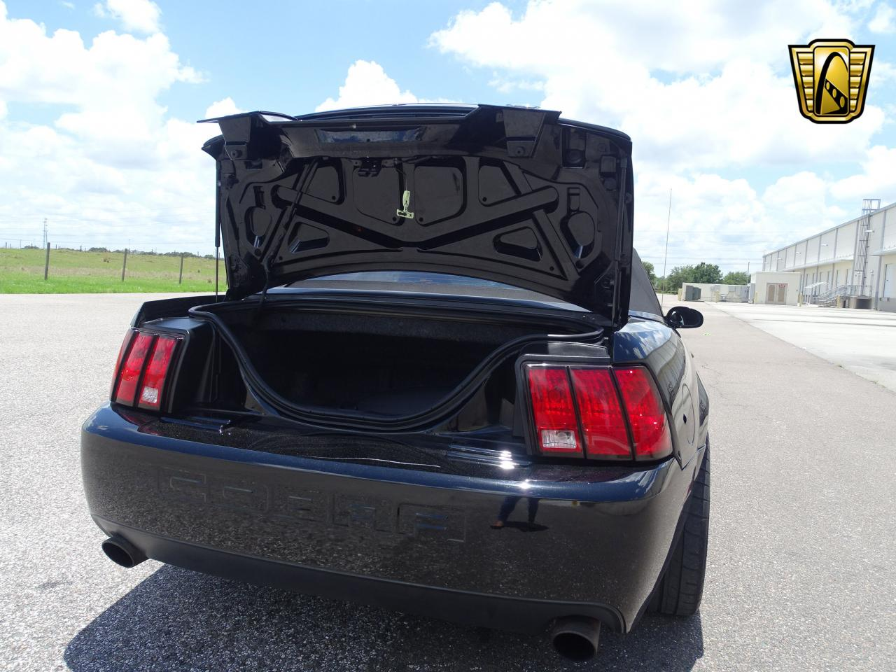 2003 Ford Mustang 2