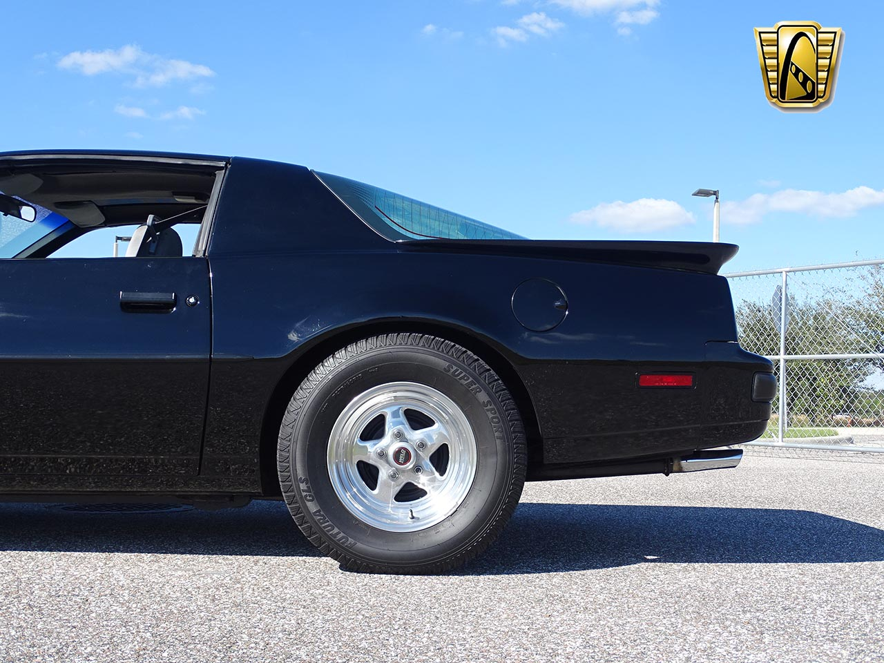 1987 Pontiac Firebird 8