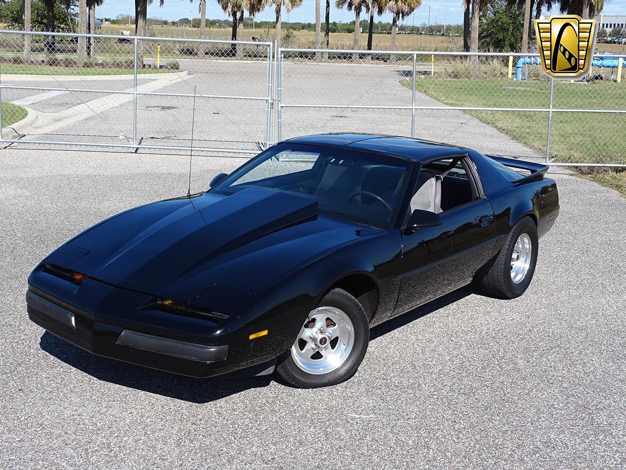 1987 Pontiac Firebird 17