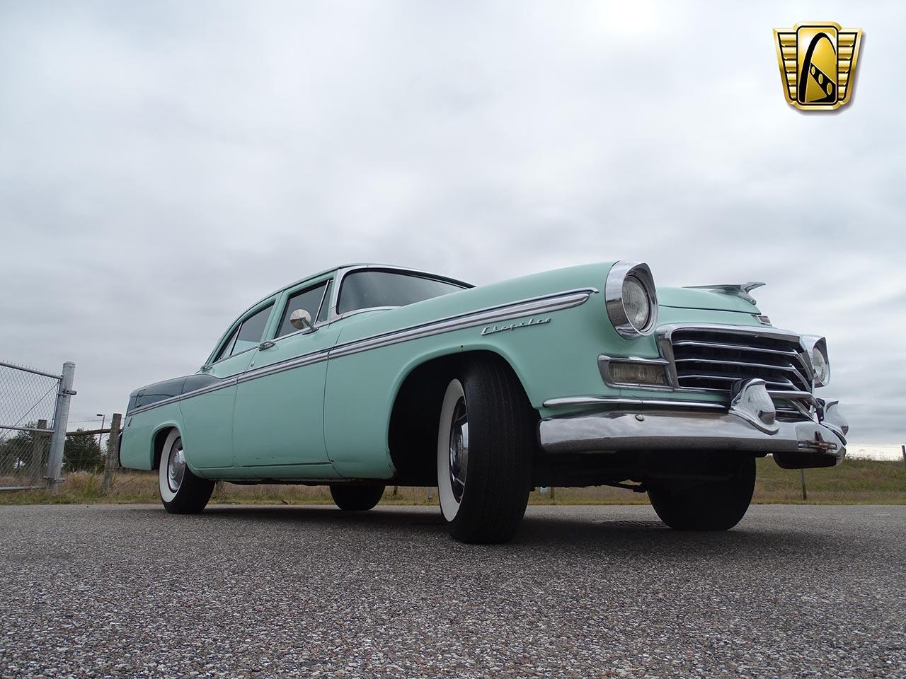 1956 Chrysler Windsor 32