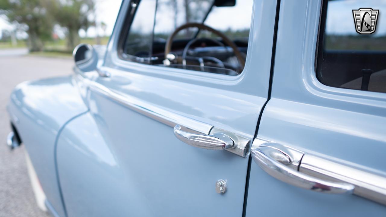 1948 Dodge Deluxe 21