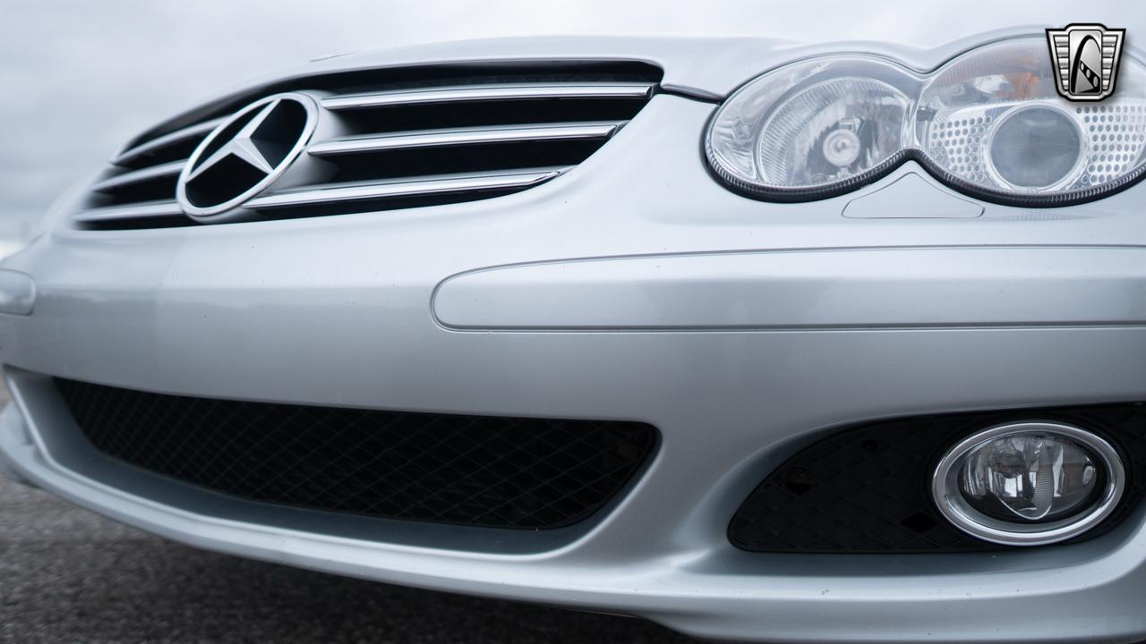 2007 Mercedes-Benz SL600 11