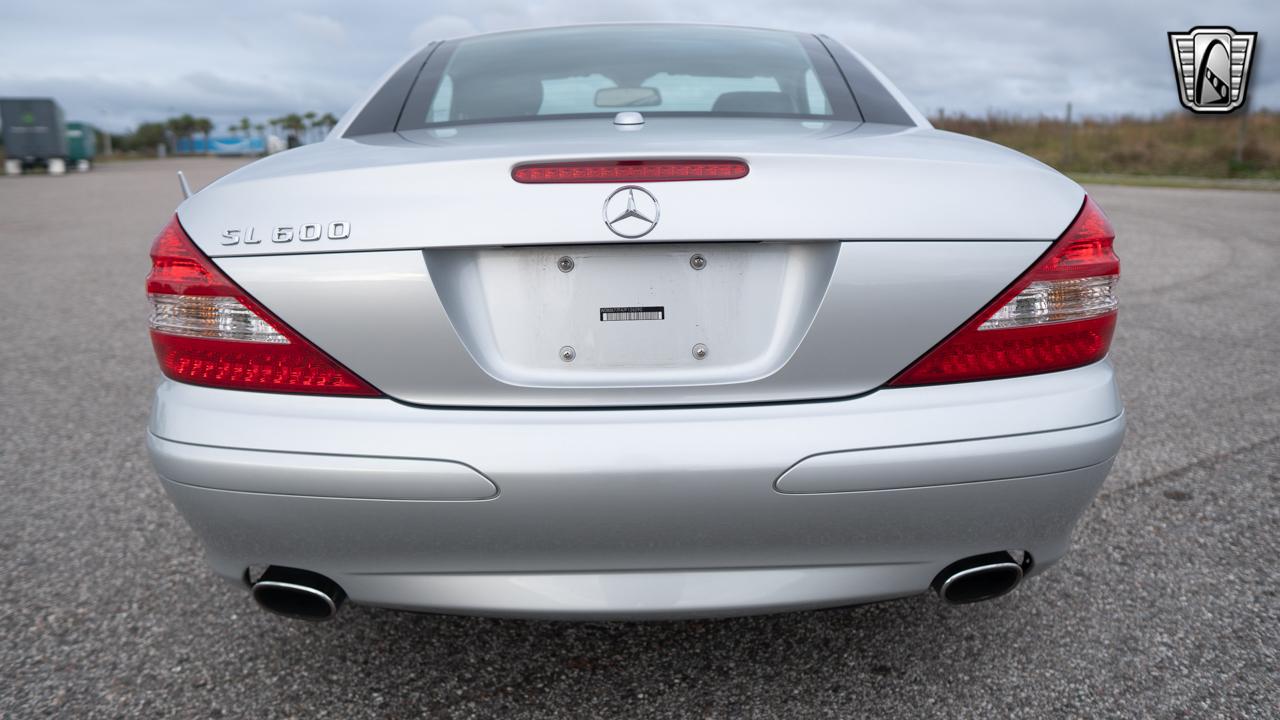 2007 Mercedes-Benz SL600 19
