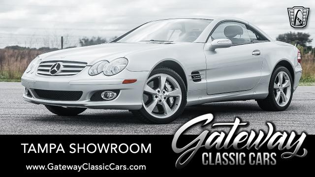 https://images.gatewayclassiccars.com/carpics/TPA/1669/mobile/2007-Mercedes-Benz-SL600.jpg