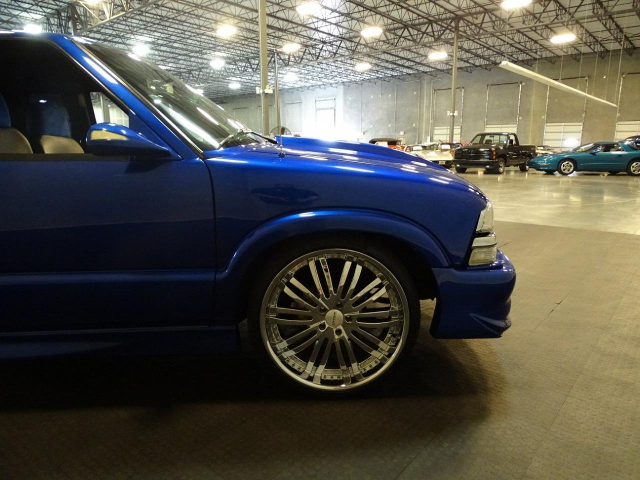 2001 Chevrolet S10 15