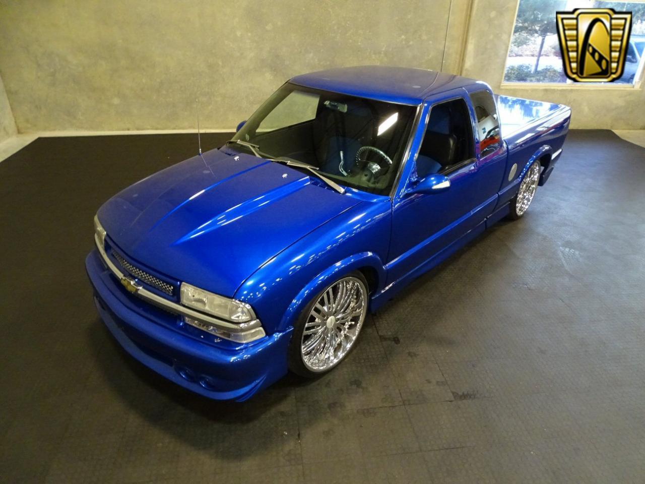 2001 Chevrolet S10 23