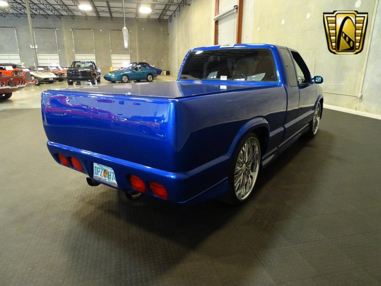 2001 Chevrolet S10 52