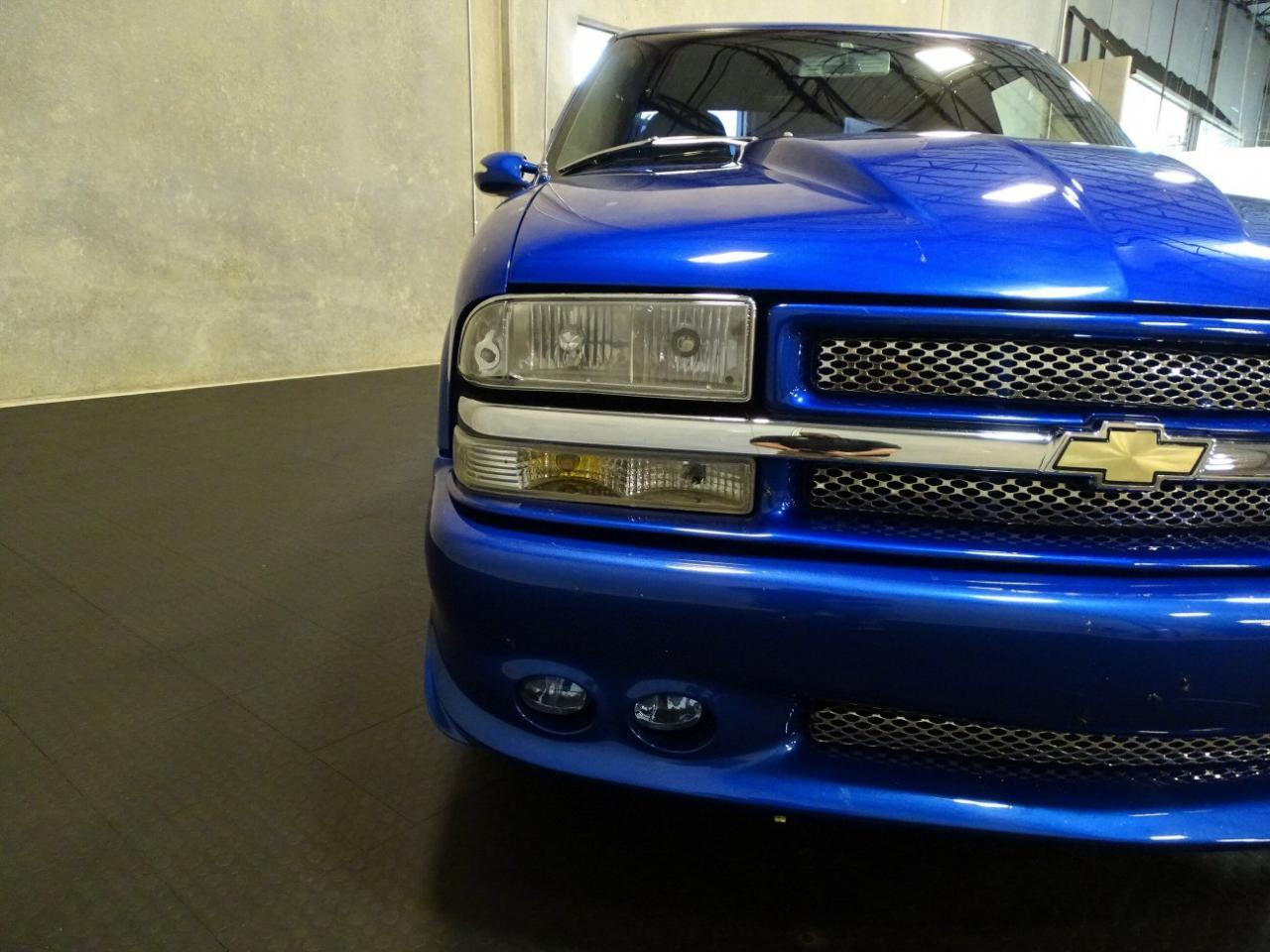 2001 Chevrolet S10 53