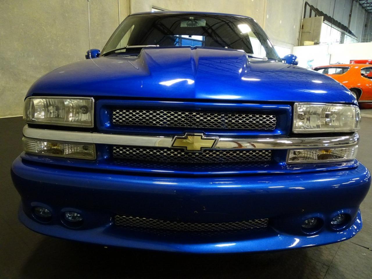 2001 Chevrolet S10 56