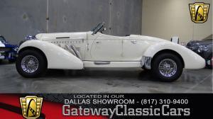 1935 Auburn Speedster Tribute