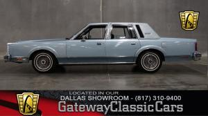 1982 Lincoln Town Car Signature Series