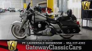 2006 Harley Davidson FLHRCI Road King Classic