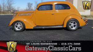 1937 Ford Slantback